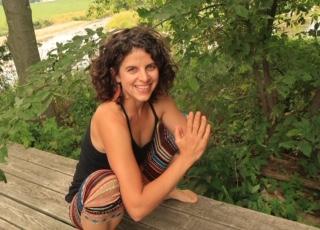 Karine Fontaine Yoga Prénatal chez Namaste