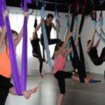 yoga aérien pour enfants